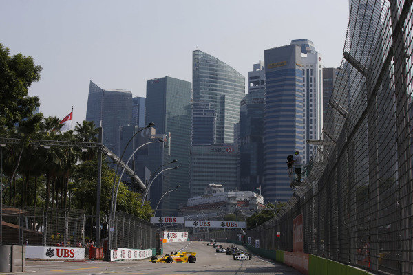 Marina Bay Circuit, Singapore. Sunday 21 September 2014. Action from race 2 of the Masters Historic Grand Prix support race. World Copyright: Charles Coates/LAT Photographic. ref: Digital Image _J5R7315