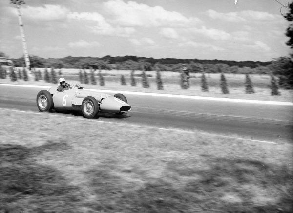 Harry Schell, Maserati 250F.