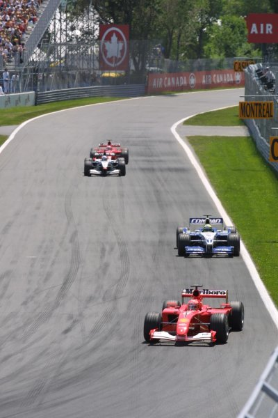 2001 Canadian Grand Prix - RACEMontreal, Canada. 10th June 2001.Michael Schumacher leads Ralf Schumacher, David Coulthard and Rubens Barrichello.World Copyright - LAT PhotographicRef: 8 9 MB Digital File Only