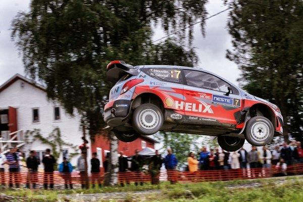 Thierry Neuville (BEL) / Nicolas Gilsoul (BEL) Hyundai i20 WRC at FIA World Rally Championship, R8, Neste Oil Rally Finland, Day One, Jyvaskyla, Finland, Friday 31 July 2015.