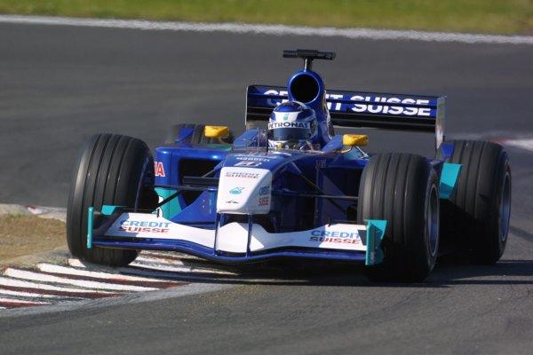2001 European Grand Prix. RACENurburgring, Germany. 24th June 2001Kimi Raikkonen, Sauber Petronas C20, action.World Copyright - LAT Photographicref: 8 9 MB Digital File Only