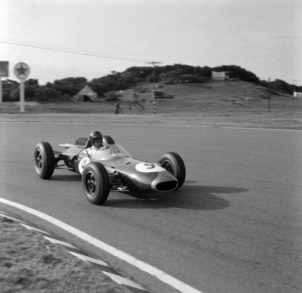 Dan Gurney, Brabham BT7 Climax, gets sideways.