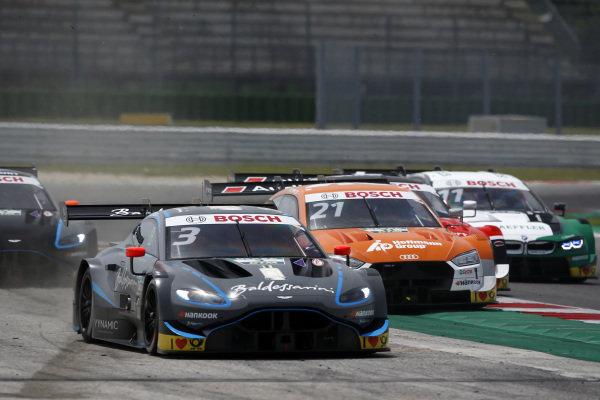 Paul Di Resta, R-Motorsport, Aston Martin Vantage AMR, Pietro Fittipaldi, Audi Sport Rosberg, Audi RS 5 DTM.
