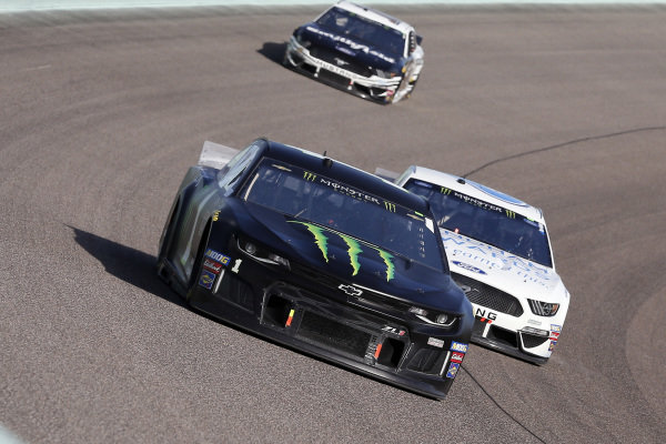 #1: Kurt Busch, Chip Ganassi Racing, Chevrolet Camaro Monster Energy and #6: Ryan Newman, Roush Fenway Racing, Ford Mustang Wyndham Rewards