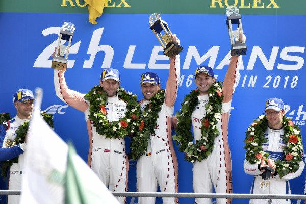 #92 Porsche GT Team Porsche 911 RSR: Michael Christensen, Kevin Estre, Laurens Vanthoor, podium