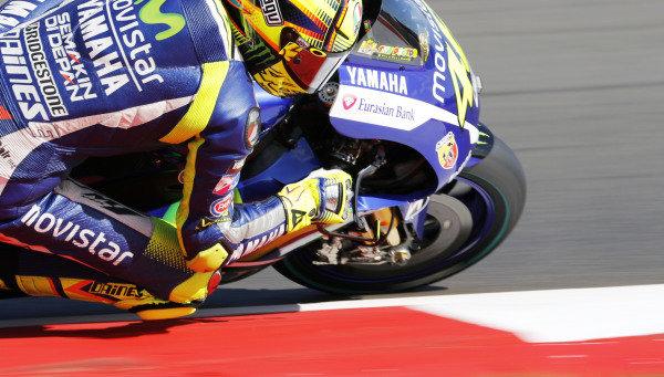 2015 MotoGP Championship.  British Grand Prix.  Silverstone, England. 28th - 30th August 2015.  Valentino Rossi, Yamaha.  Ref: KW7_3878a. World copyright: Kevin Wood/LAT Photographic