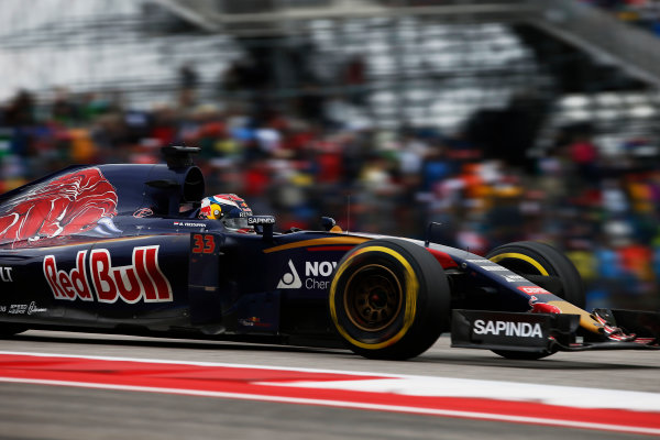 Circuit of the Americas, Austin, Texas, United States of America.  Sunday 25 October 2015. Max Verstappen, Toro Rosso STR10 Renault. World Copyright: Glenn Dunbar/LAT Photographic ref: Digital Image _W2Q5127