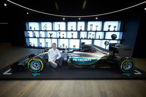 Mercedes F1 Driver Announcement Mercedes AMG Factory, Brackley, UK Monday 16 January 2017 Valtteri Bottas is announced as the new Mercedes AMG F1 driver for 2017. World Copyright: Steve Etherington/LAT Photographic ref: Digital Image SNE11795