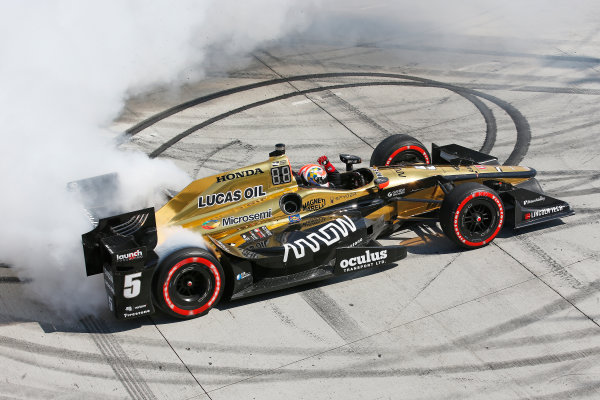 2017 Verizon IndyCar Series Toyota Grand Prix of Long Beach Streets of Long Beach, CA USA Sunday 9 April 2017 James Hinchcliffe World Copyright: Perry Nelson/LAT Images ref: Digital Image nelson_lb_0409_3853