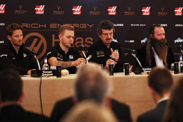 Romain Grosjean, Haas F1 Team, Kevin Magnussen, Haas F1 Team, Guenther Steiner, Team Principal, Haas F1 and William Storey, CEO Rich Energy