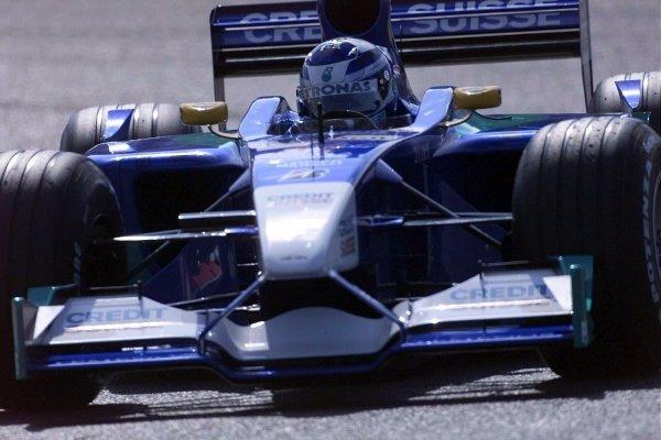 Kimi Raikkonen(FIN) Sauber Petronas C20 French Grand Prix Qualifying, Magny-Cours 30 June 2001 DIGITAL IMAGE