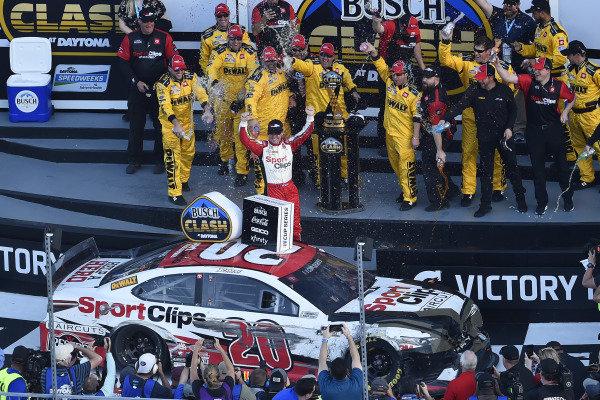 #20: Erik Jones, Joe Gibbs Racing, Toyota Camry DeWalt celebrates his win