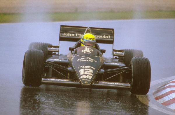 Estoril, Portugal.19-21 April 1985.Ayrton Senna (Lotus 97T Renault) 1st position.Ref-85 POR 04.World Copyright - LAT Photographic