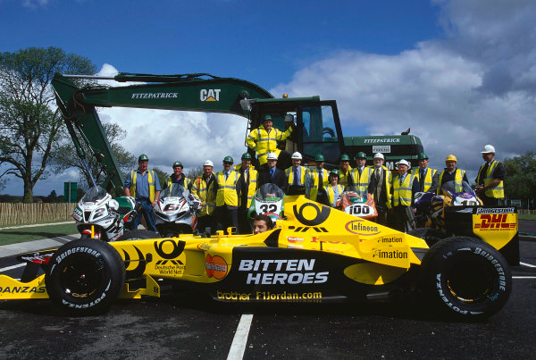 2002 Dadford Road Opening.Silverstone, England. 23rd May 2002.Members of the construction company, World Superbike riders and Justin Wilson help open the new road leading to Silverstone. World Copyright: Peter Spinney/LATref: 35mm Image