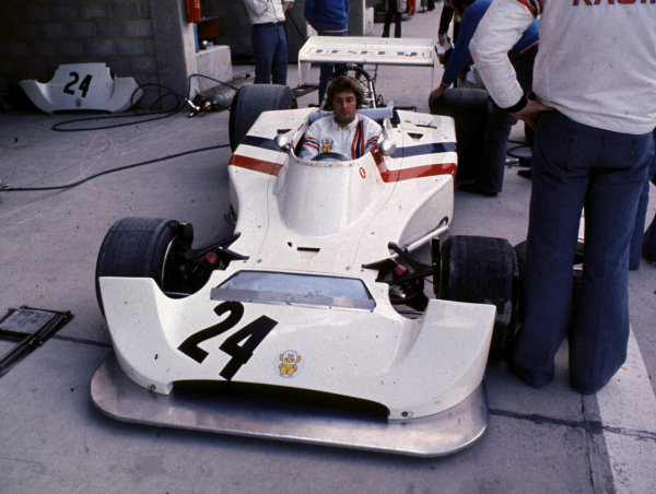 1974 Belgian Grand Prix.Nivelles-Baulers, Belgium.10-12 May 1974.Designer Harvey Postlethwaite sits in the Hesketh 308 Ford.World Copyright - LAT Photographic