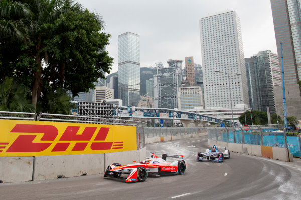 2016/2017 FIA Formula E Championship. Hong Kong ePrix, Hong Kong, China. Saturday 8 October 2016. Felix Rosenqvist (SWE), Mahindra Racing, Spark-Mahindra, Mahindra M3ELECTRO.  Photo: Alastair Staley/LAT/Formula E ref: Digital Image 580A9163