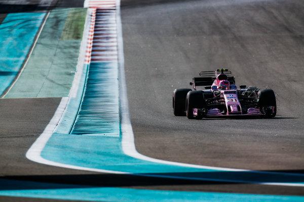 Yas Marina Circuit, Abu Dhabi, United Arab Emirates. Wednesday 29 November 2017. Esteban Ocon, Force India VJM10 Mercedes. World Copyright: Joe Portlock/LAT Images  ref: Digital Image _L5R8499