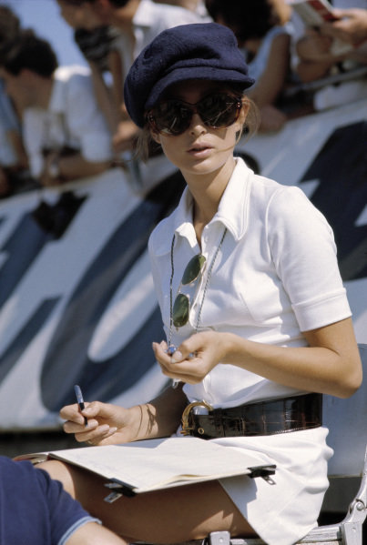 Nina Rindt timekeeping in the pits.