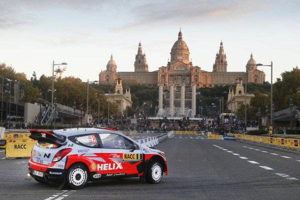 Dani Sordo (ESP) / Marc Marti (ESP) Hyundai i20 WRC at FIA World Rally Championship, Rd12, RAAC Rally de Espana, Preparations and Shakedown, Costa Daurada, Catalunya, Spain, 22 October 2015.