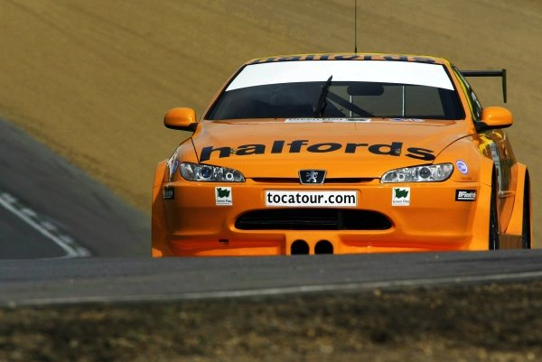 Dan Eaves (GBR) Team Halfords Peugeot 406 Coupe during testing.British Touring Car Media Day, Brands Hatch, England.19 March 2002.