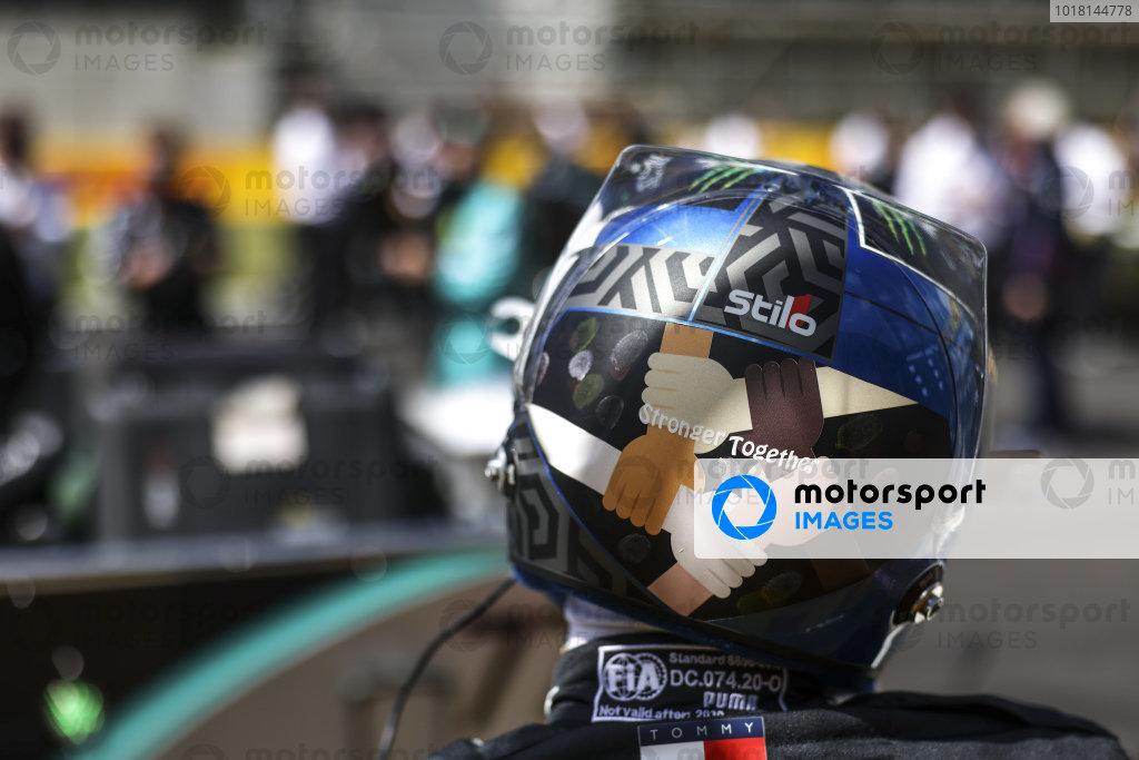 Stronger Together helmet design of Valtteri Bottas, Mercedes-AMG Petronas F1