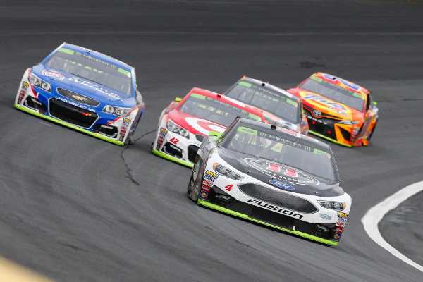 Monster Energy NASCAR Cup Series Bank of America 500 Charlotte Motor Speedway, Concord, NC Sunday 8 October 2017 Kevin Harvick, Stewart-Haas Racing, Jimmy John's Ford Fusion, Kyle Larson, Chip Ganassi Racing, Target Chevrolet SS and Jamie McMurray, Chip Ganassi Racing, Sherwin-Williams Chevrolet SS World Copyright: Russell LaBounty LAT Images