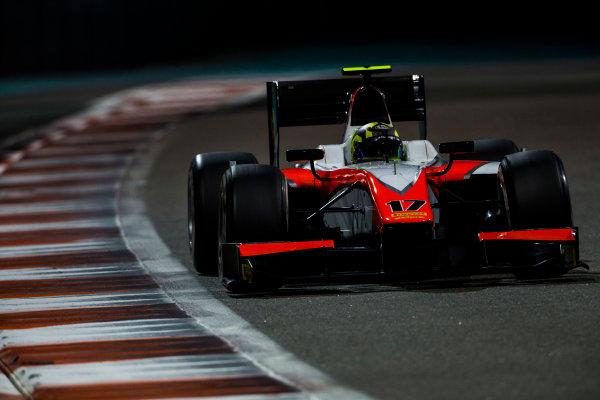 2015 GP2 Series Test 3. Yas Marina Circuit, Abu Dhabi, United Arab Emirates. Thursday 3 December 2015. Nick Yelloly (GBR, MP Motorsport). World Copyright: Zak Mauger/LAT Photographic. ref: Digital Image _L0U3161