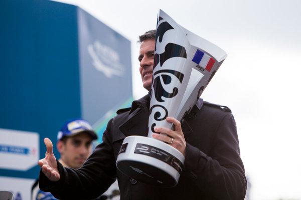 2015/2016 FIA Formula E Championship. Paris ePrix, Paris, France. Saturday 23 April 2016. Manuel Valls, Prime Minister of France. Photo: Zak Mauger/LAT/Formula E ref: Digital Image _79P9350