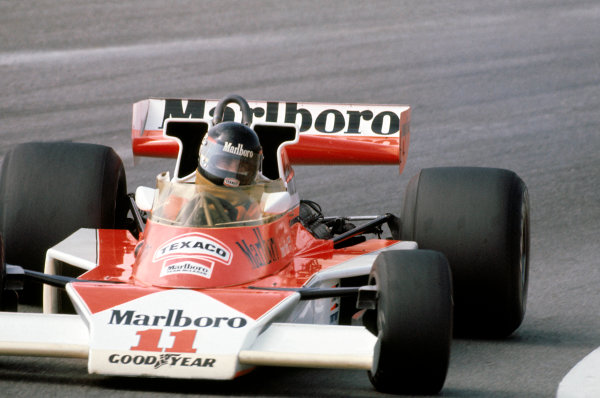 Watkins Glen, New York, USA. 8th - 10th October 1976. James Hunt (McLaren M23-Ford), 1st position, action.  World Copyright: LAT Photographic.  Ref:  76 USA 13.