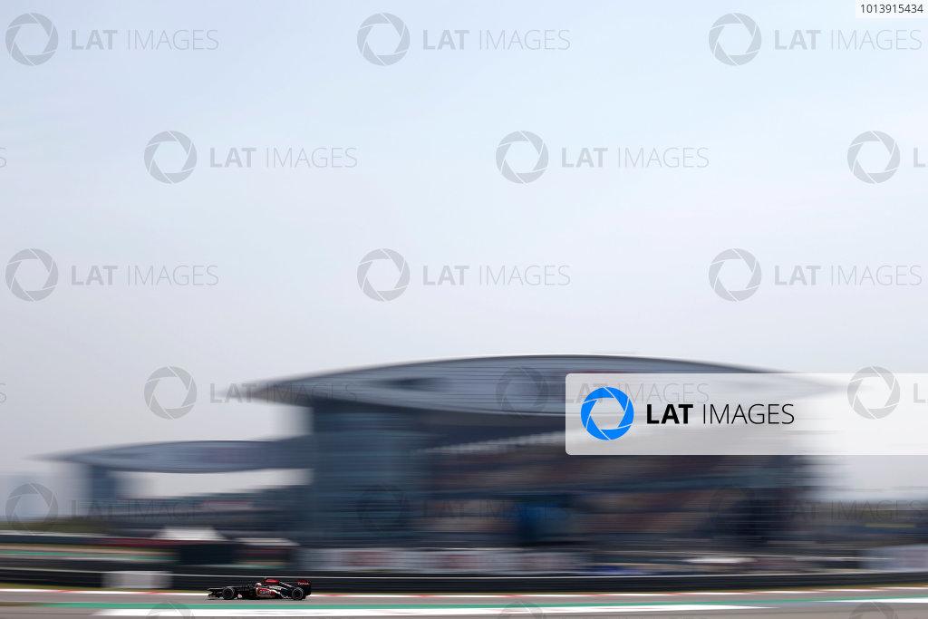 Shanghai International Circuit, Shanghai, China Saturday 13th April 2013 Romain Grosjean, Lotus E21 Renault.  World Copyright: Glenn Dunbar/LAT Photographic ref: Digital Image _89P6225