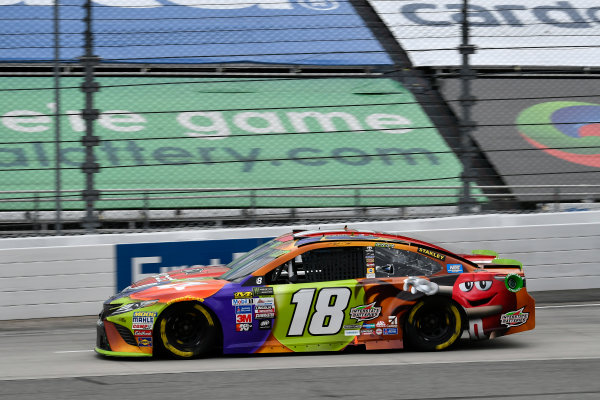 Monster Energy NASCAR Cup Series First Data 500 Martinsville Speedway, Martinsville VA USA Sunday 29 October 2017 Kyle Busch, Joe Gibbs Racing, M&M's Halloween Toyota Camry World Copyright: Scott R LePage LAT Images ref: Digital Image lepage-171029-mart-8039