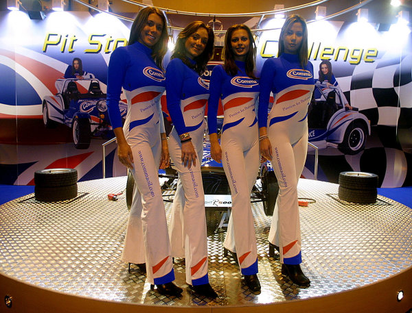 2002 Autosport International.
