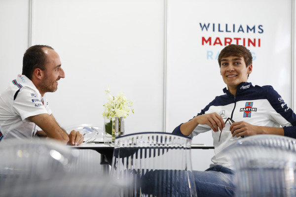 Robert Kubica, Williams Martini Racing, talks to 2019 Williams signing George Russell