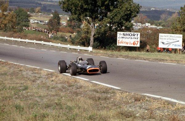 1967 United States Grand Prix.Watkins Glen, New York, USA.30/9-1/10 1967.Jacky Stewart (BRM P115).Ref-67 USA 01.World Copyright - LAT Photographic