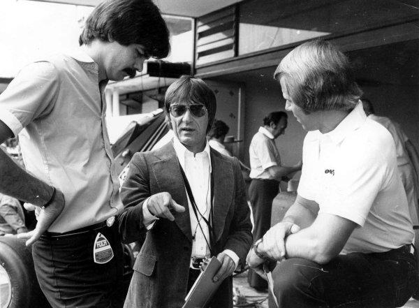 1978 Italian Grand Prix.Monza, Italy.8-10 September 1978.Bernie Ecclestone with Gordon Murray (Brabham Alfa Romeo).World Copyright - LAT Photographic