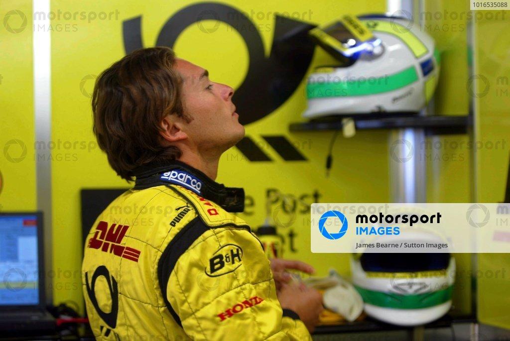 Giancarlo Fisichella (ITA) Jordan prepares to practice.Italian Grand Prix, Monza, 13 September 2002.DIGITAL IMAGE