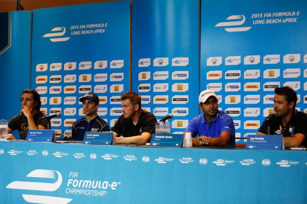 2014/2015 FIA Formula E Championship. Long Beach ePrix, Long Beach, California, United States of America. Friday 3 April 2015 Dario Franchitti, Nicolas Prost (FRA)/E.dams Renault - Spark-Renault SRT_01E, Scott Speed (USA)/Andretti Autosport - Spark-Renault SRT_01E, Salvador Duran (MEX)/Amlin Aguri - Spark-Renault SRT_01E and Oriol Servia, Dragon Racing. Photo: Zak Mauger/LAT/Formula E ref: Digital Image _L0U6046