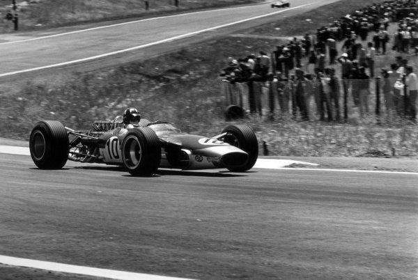 1968 Spanish Grand Prix.Jarama, Spain. 12 May 1968.Graham Hill, Lotus 49-Ford, 1st position, action.World Copyright: LAT PhotographicRef: 1987 #2