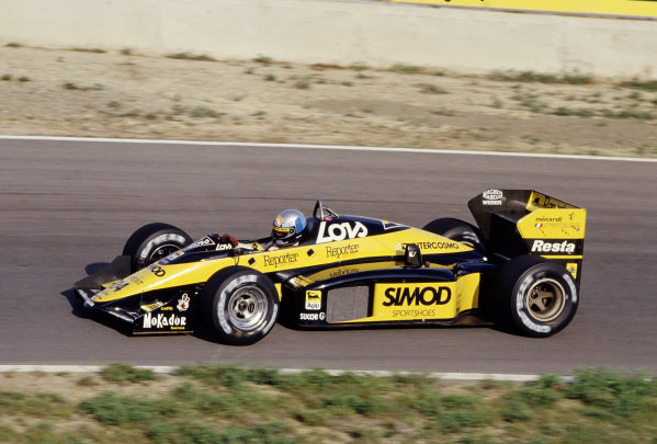 1987 Spanish Grand Prix.Jerez, Spain.25-27 September 1987.Alessandro Nannini (Minari M187 Motori Moderni).Ref-87 ESP 32.World Copyright - LAT Photographic