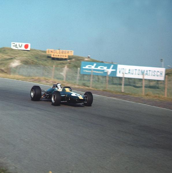 Zandvoort, Holland.22-24 July 1966.Jim Clark (Lotus 33 Climax) 3rd position.Ref-3/2277.World Copyright LAT Photographic