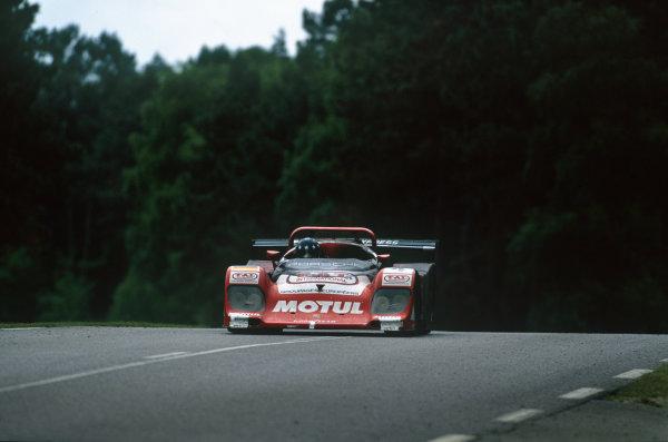 Le Mans, France. 17th - 18th June 1995. Thierry Boutsen/Hans-Joachim Stuck/Christophe Bouchut (Kremer-Porsche Spyder), 6th position, action. World Copyright: LAT Photographic.Ref:  95LM14.