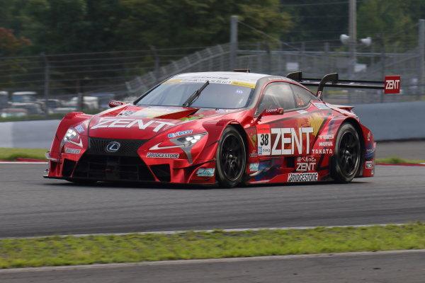 2017 Japanese Super GT Series. Fuji, Japan. 5th - 6th August 2017. Rd 5. GT500 3rd position Yuji Tachikawa & Hiroaki Ishiura ( #38 ZENT CERUMO LC500 ) action World Copyright: Yasushi Ishihara / LAT Images. Ref: 2017JSGT_Rd5_007