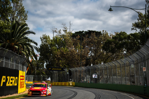 2017 Supercars Championship, Australian Grand Prix Support Race, Albert Park, Victoria, Australia. Thursday March 23rd to Sunday March 26th 2017. Scott McLaughlin drives the #17 Shell V-Power Racing Team Ford Falcon FGX. World Copyright: Daniel Kalisz/LAT Images Ref: Digital Image 230217_VASCAUSGP_DKIMG_0337.JPG
