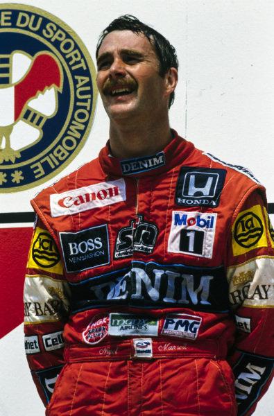 Nigel Mansell, 1st position, on the podium.