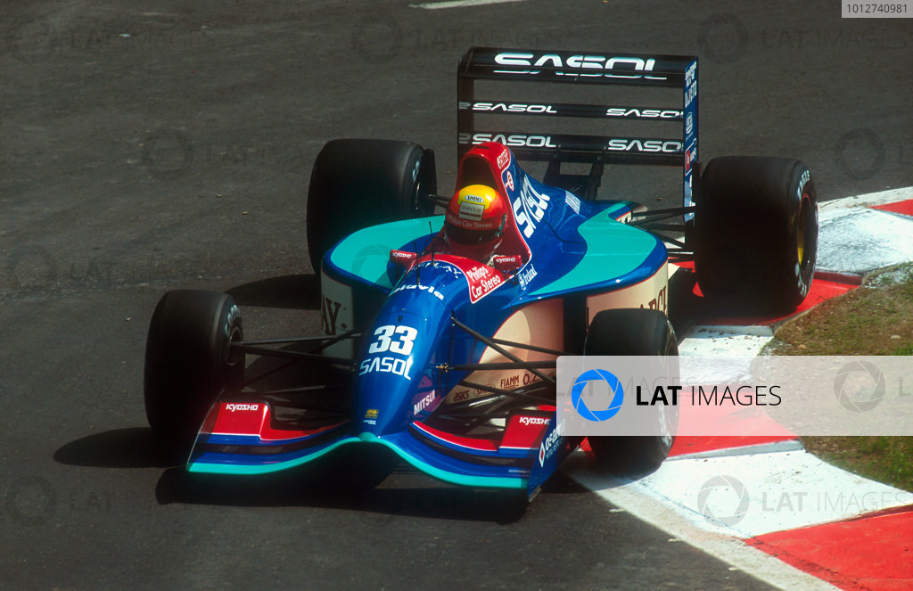 1992 Belgian Grand Prix.Spa-Francorchamps, Belgium.28-30 August 1992.Mauricio Gugelmin (Jordan 192 Yamaha) 14th position.Ref-92 BEL 19.World Copyright - LAT Photographic