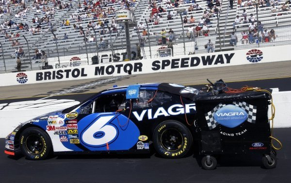 03/26/04 NASCAR Nextel Cup Series.Round 6 of 36. Food City 500. Bristol, Tennessee, USA.