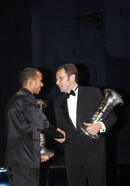 (L to R): Lewis Hamilton (GBR) and Stefano Domenicali (ITA) Ferrari Manager of F1 Operations. FIA Gala Awards Ceremony, Monte Carlo, Monaco, 12 December 2008.