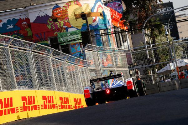 2017/2018 FIA Formula E Championship Round 4 - Santiago ePrix Santiago, Chile Saturday 03 February 2018 Nick Heidfeld (GER), Mahindra Racing, Mahindra M4Electro. Photo: Zak Mauger/LAT/Formula E ref: Digital Image _54I1046