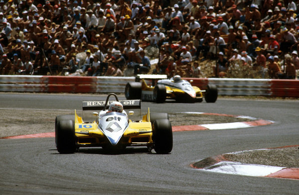 Paul Ricard, France.23-25 July 1982.Rene Arnoux, 1st position leading his teammate Alain Prost (both Renault RE30B's) into the Chicane.Ref-82 FRA 02.World Copyright - LAT Photographic