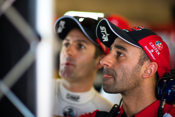 2017 Supercars Championship Round 6.  Darwin Triple Crown, Hidden Valley Raceway, Northern Territory, Australia. Friday June 16th to Sunday June 18th 2017. David Cauchi, Engineer for Jamie Whincup driver of the #88 Red Bull Holden Racing Team Holden Commodore VF. World Copyright: Daniel Kalisz/LAT Images Ref: Digital Image 180617_VASCR6_DKIMG_4428.jpg
